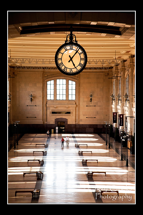 The Grand Clock, which measures six feet across,  was a popular meeting spot for travelers and their families. Rows of  benches once filled this grand hall and were crowded with  those waiting to leave on one of the many trains that departed from Union Station.