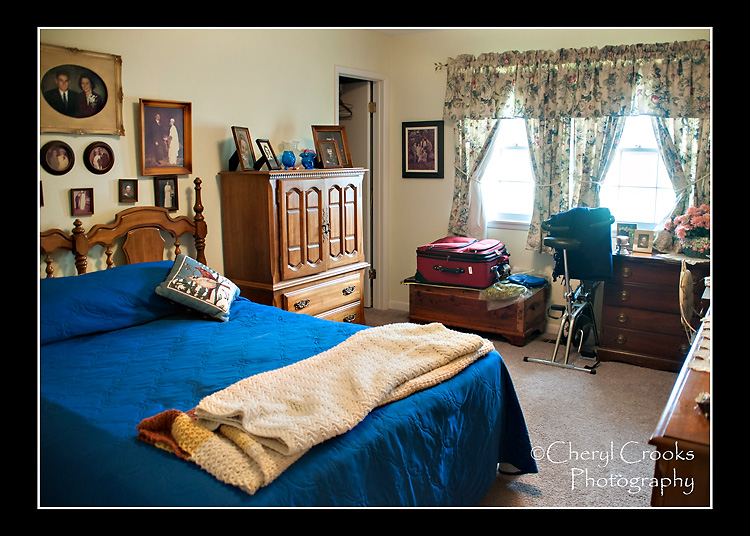Whenever I visited, I stayed in the guest room surrounded by pictures of my family.